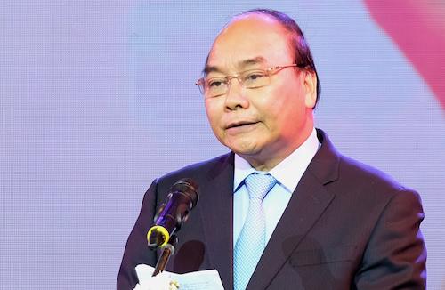 Thủ tướng Nguyễn Xuân Phúc khẳng địnhcông tác khắc phục hậu quả bom mìn, chất độc hóa học là nhiệm vụ cấp bách đảm bảo an toàn cho người dân. Ảnh: VGP