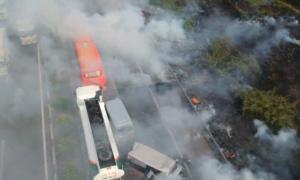 Khói đốt đồng khiến 10 ôtô đâm nhau trên cao tốc như thế nào
