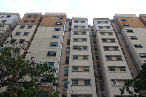Toà nhà C khu tái định cư An Sinh, tổ 14 phường Cầu Diễn, quận Nam Từ Liêm có nhiều tồn tại về PCCC. Ảnh: Gia Chính.