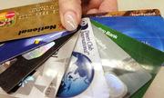 Tại sao nói thẻ tín dụng là con dao hai lưỡi?