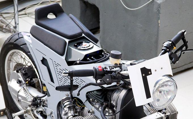 Watkins M001 - xế độ lạ của tiến sỹ cơ khí Ba Lan