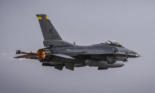 Một tiêm kích F-16 của Mỹ. Ảnh: USAF.