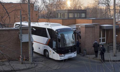 Các nhà ngoại giao Mỹ hôm nay rời Nga, sau khi có lệnh trục xuất của Moscow. Ảnh: AFP.