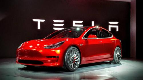 Model 3 được chờ đợi là cứu cánh của Tesla. Ảnh:Lastampa