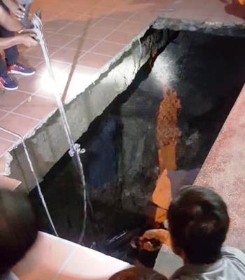 Hố tử thần rộng hơn 70 m2 ở Quảng Ninh. Ảnh: CTV.