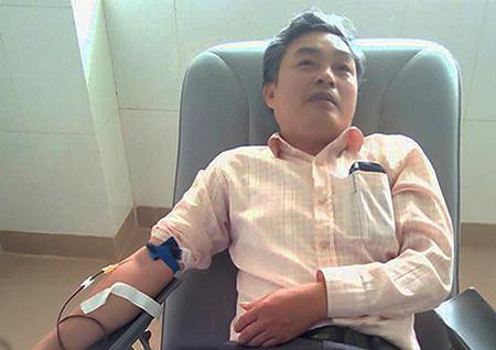 Anh Lê Minh vui vẻ nhận lời hiến máu khi có đề nghị từ bệnh viện.Ảnh:Xuân Tấn