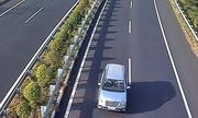 Nhiều ôtô đi ngược chiều vào cao tốc TP HCM - Long Thành