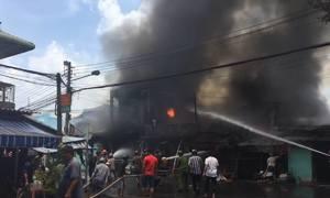 7 căn nhà ở TP Mỹ Tho bị lửa thiêu rụi