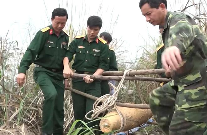 Di dời quả bom nặng 250 kg ở Quảng Ninh