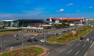 Thuê chuyên gia nước ngoài nghiên cứu mở rộng sân bay Nội Bài