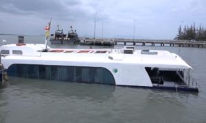 Tàu cao tốc chìm tại Cần Giờ, 42 hành khách thoát nạn
