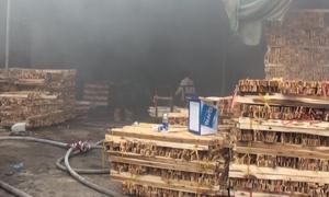 Cháy gần 1.000 m2 xưởng gỗ ở Đồng Nai