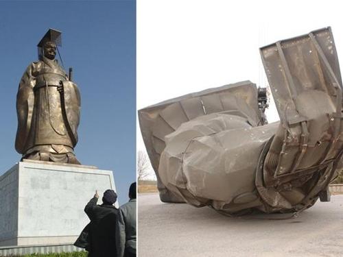 Bức tượng vua Tần Thủy Hoàng trước và sau khi bị đổ sập. Ảnh: