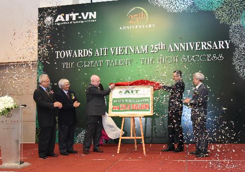 Viện Công nghệ châu Á đào tạo nhiều nhân tài trong 25 năm - 1