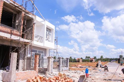 Giá đất tại TP HCM đang tăng cao. Ảnh: Nguyên Hoàng