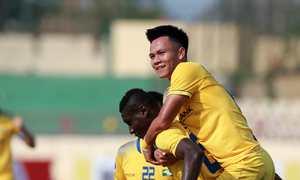 Sông Lam Nghệ An 2-1 Tampines Rovers