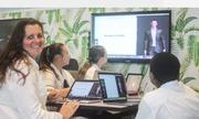 Vai trò của trợ giảng AI trong lớp học ở Australia và Mỹ