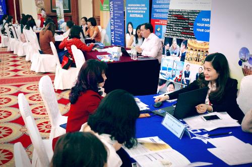 Công ty tư vấn du học Đức Anh sẽ hỗ trợ học sinh, sinh viên trong suốt quá trình du học.