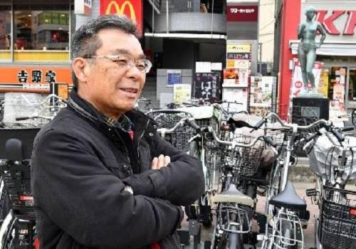 Ông Hideki Nakahara, là một trong những cái tên mới được giới thiệu trên website Ossan Rental. Ảnh: Japan Times.