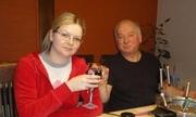 Hành trình bác sĩ Anh cứu cha con cựu điệp viên Nga khỏi cửa tử