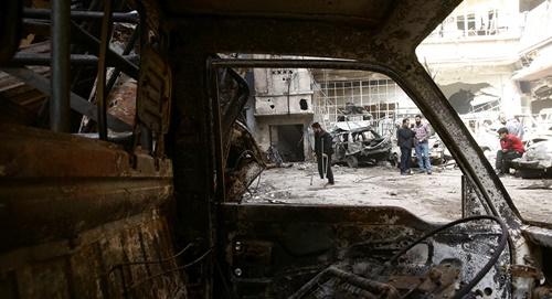 Cảnh hoang tàn, đổ nát tại Douma, Đông Ghouta. Ảnh: Reuters.