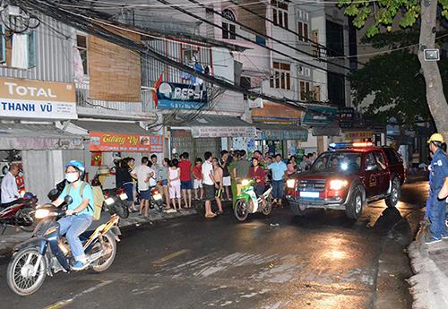 Cháy nhà ở trung tâm Sài Gòn, cả khu vực náo loạn