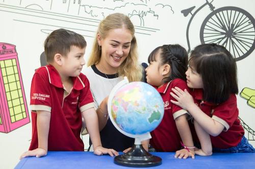 VUS Kids Trần Não là sự lựa chọn tốt cho các ba mẹ đang tìm môi trường học tiếng Anh cho bé độ tuổi mẫu giáo.