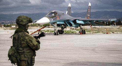 Tiêm kích bom Su-34 Nga tại căn cứ Hmeymim ở Syria năm 2017. Ảnh: TASS.