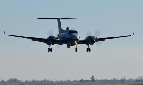 Máy bay MC-12W của Mỹ trong một chuyến huấn luyện năm 2016. Ảnh: USAF.