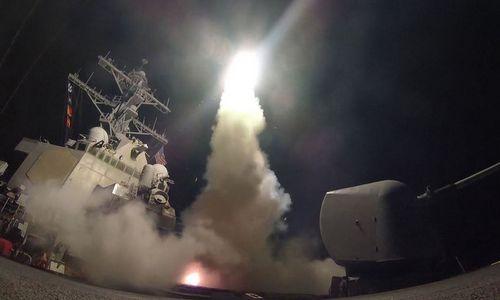Tàu chiến Mỹ phóng tên lửa vào Syria hồi năm 2017. Ảnh: US Navy.