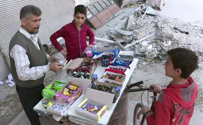 Sự sống hồi sinh trên đống hoang tàn ở Đông Ghouta, Syria