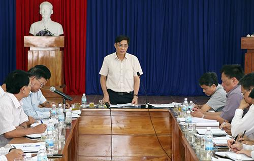 Chủ tịch tỉnh Khánh Hòa làm việc với các sở ngành về
