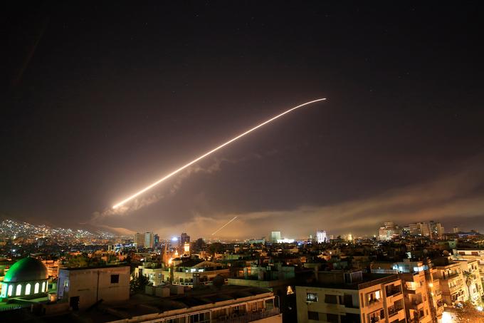 Hiện trường vụ không kích Syria của liên quân Mỹ, Anh, Pháp