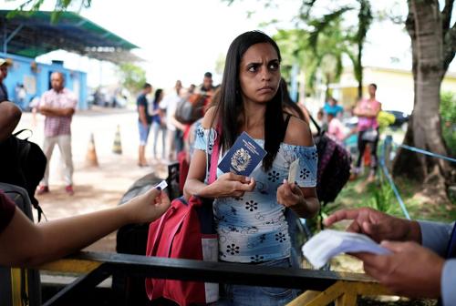 Thống đốc Brazil muốn đóng biên giới, ngăn người nhập cư Venezuela
