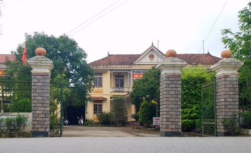 Trụ sở UBND xã Thiên Lộc, nơi có nhiều cán bộ nghỉ việc đi xuất khẩu lao động. Ảnh: Đức Hùng