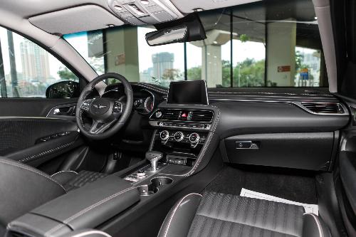 Genesis G70 giá 1,7 tỷ - cạnh tranh Mercedes C-Class tại Việt Nam - 11