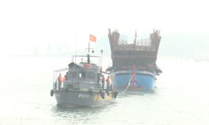 Cứu 48 thuyền viên gặp nạn trên vùng biển Quảng Nam
