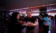 'Thế hệ tái thiết Hàn Quốc' đến sàn nhảy tìm niềm vui