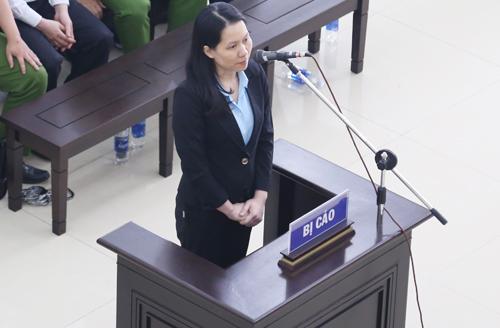 Cựu tổng giám đốc Oceanbank Nguyễn Minh Thu bị tuyên 22 năm tù ở phiên tòa sơ thẩm. Ảnh: Phạm Dự