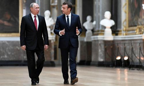 Tổng thống Pháp: 'Tôi ngang cơ với Putin'