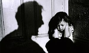 Mỹ trừng phạt tội phạm xâm hại tình dục trẻ em như thế nào?