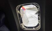 Hành khách bị hút khỏi máy bay nổ động cơ có thắt dây an toàn