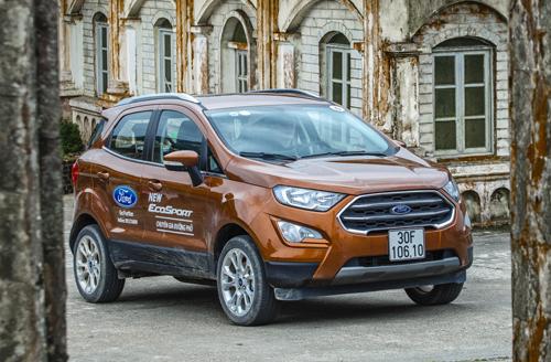 Ford EcoSport mới tại đỉnh Mẫu Sơn, Lạng Sơn.