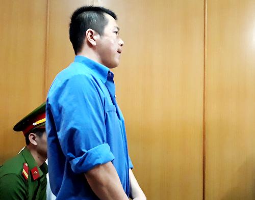 Bị cáo Chân - CSGT duy nhất bị truy tố trong đường dây. Ảnh: Hải Duyên.