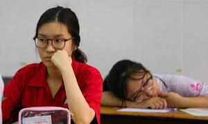 Khủng hoảng triết lý giáo dục khiến học sinh bị áp lực