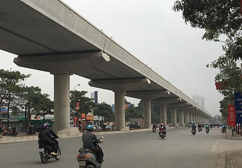 Tuyến đường sắt đô thị Nhổn - ga Hà Nội được điều chỉnh tiến độ chậm5 năm so với dự kiến. Ảnh: Bá Đô.