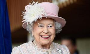 Nữ hoàng Anh kỷ niệm sinh nhật 92 tuổi
