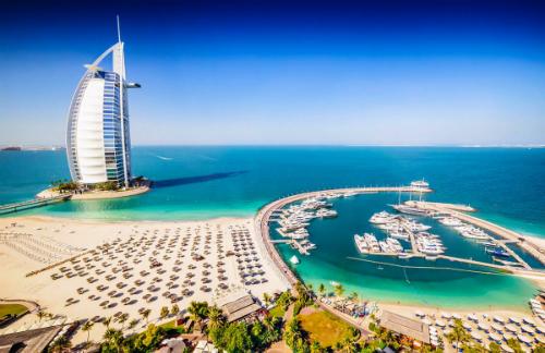 Một góc Dubai. Ảnh: Aventurescu