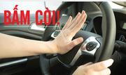 'Người đi ôtô làm ơn đừng bóp còi, bật đèn pha vô tội vạ'