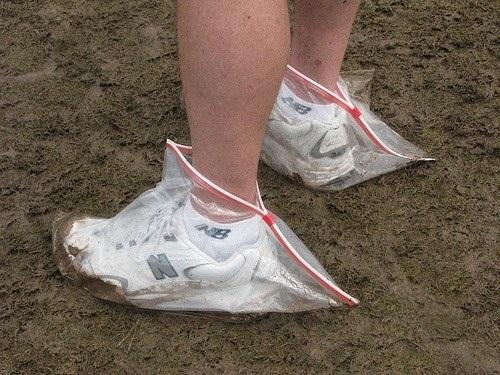 Cách giữ giày luôn trắng sạch tinh tươm.